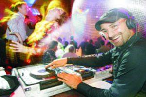Messe DJ, DeeJay für Messe, DJ+ MEsse Berlin, Hannover, Hamburg, Dortmund, Essen, Frankfurt, Messeparty, Get together, buchen, suche