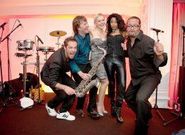 Premium Partyband, für erlesene Anlässe, Düsseldorf, Köln, Bonn, NRW, Live Band, Messeparty, Sommerfest, Medienparty, VIP, buchen, gesucht