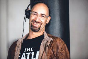 DJ mit Kopfhörer Portrait