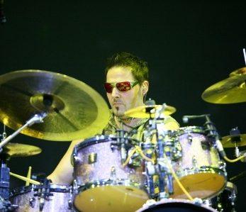 Drumer der Liveband