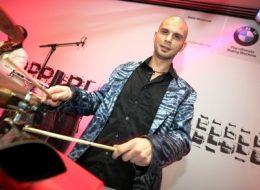 DJ Plus Perkussion, DJ Plus live Musiker, Düsseldorf, Köln, NRW, Bonn, Messe, Event, Lounge Club Party, buchen