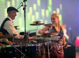 DJ mit Perkussion, DJ Plus live Band, München, Berlin, Hamburg, Frankfurt, Hannover, Messe, Event, Club, Lounge