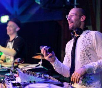 Dee Jay Plus Band, Perkussion, Schlagzeug, Drum, Show, Gala, Lounge, Event, Messe, Düsseldorf, Köln, Wuppertal, Dortmund