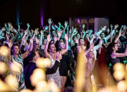 Hochzeits Party, DJ Hochzeit, Düsseldorf, Hochzeits DJ, Köln, Hochzeits Musik, Essen, Hochzeitsfeier Bonn, Live Band für Hochzeit, NRW, Wuppertal, Neuss, Mettmann, Erkrath, buchen, suche_s