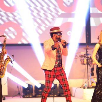 Musikalische Action mit Musikern eine Live Clubband