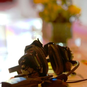 Kopfhörer des DJs